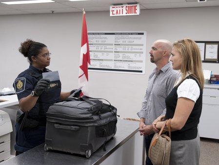 加拿大入境时禁止携带的物品汇总