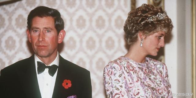 他是哈里王子的亲生父亲 戴安娜旧情人再谈往事