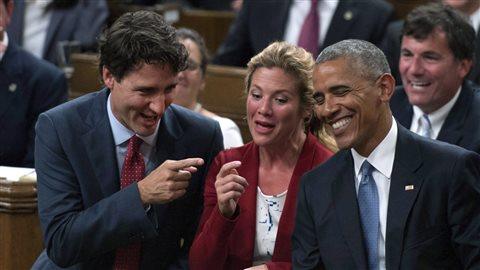 奥巴马去年在加拿大议会山,与总理特鲁多与其太太苏菲. (C) PC/
